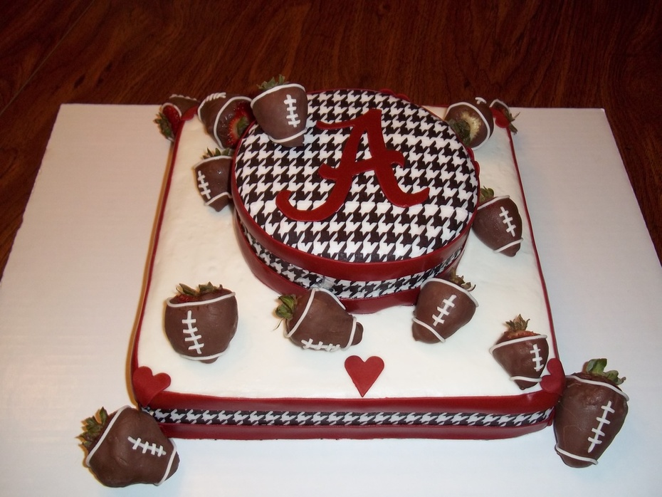 Pleasing Alabama Football Cake Birthday Cake Cake Decorating Community Personalised Birthday Cards Veneteletsinfo