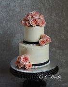Sweetheart Roses and Pearls