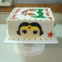 D.C. Comics pop heroes cake 3