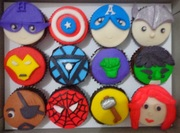Set of Avengers' cupcakes