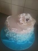 trial ruffle cake