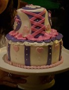 Pirate´s girly cake (front view)