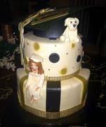 Buhholz Grad Cake2