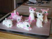 2017-8-22  Toppers for 'Pink Kitties' cake