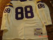 Autographed jerseys3 007