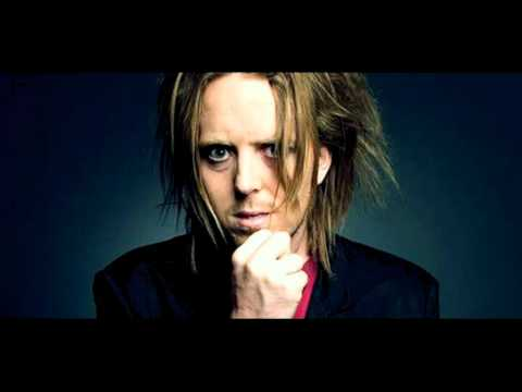Minchin: Atheism, Comedy and Religiosity in America