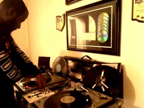 Who Know's DJ SKNO™ CORE DJ's ??? Playin Around With A Lil Old Skool Hip Hop! Vol. 1