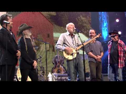 Pete Seeger  - This Land is Your Land (Live at Farm Aid 2013)