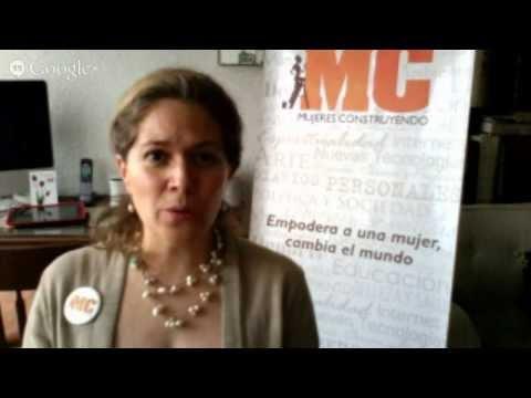 """Encuesta Mujeres Construyendo """"Mamás que usan internet"""" 2013"""