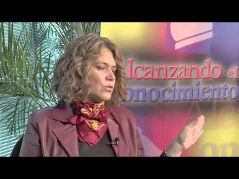 Alcanzando el Conocimiento entrevista a la Dra. Claudia Calvin