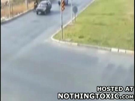 Moto vs. Camion de Bomberos