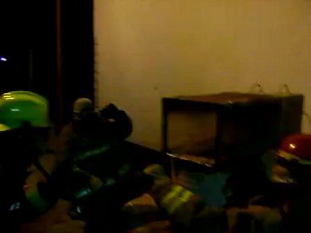 Simulador de flashover en miniatura / Bomberos de San Martin de los Andes / Video Destacado de La Hermandad de Bomberos