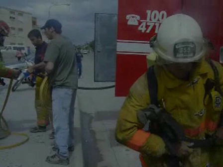 Bomberos de Madryn / Incendio Depto. 12/10/2009  / Video Destacado de La Hermandad de Bomberos