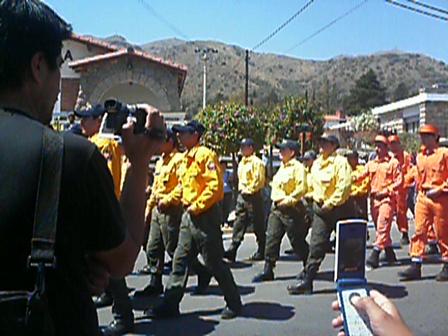 Desfile de Bomberos Voluntarios de Los Cocos