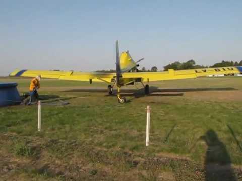 Air Tractor / Plan de manejo contra el Fuego / LLegando a cargar agua