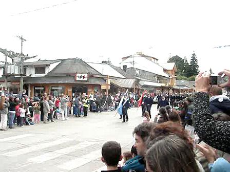 San Martin de Los Andes, Argentina / Desfile 04-02-10