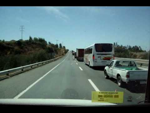 Traslado de Victima del Terremoto. Ambulance Responding,  opposing traffic.