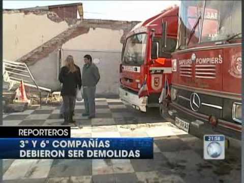 Heroes anonimos en peligro / Bomberos y el Terremoto en Chile