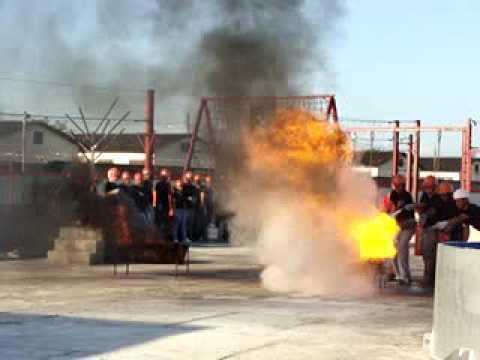Curso de combate a incêndio CBMRJ TST! Turmas de segurança do trabalho ss02 e ss04. Avança!