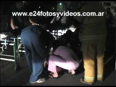 24 de Diciembre de 2010 / Colision de Vehiculo con vuelco / Trelew en Argentina