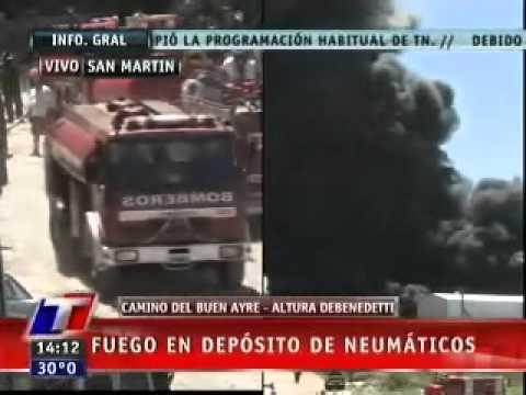 23 de Enero de 2011 / Incendio de Neumaticos en San Martin / Buenos Aires en Argentina