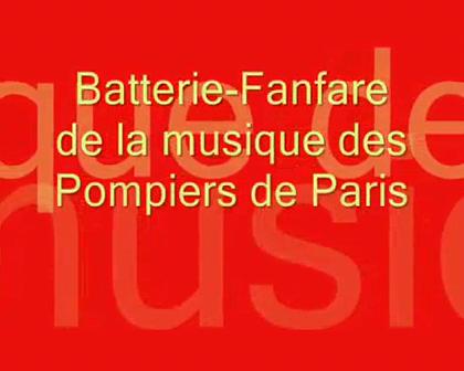 DESFILE: ORDEN CERRADO / Musica de los Bomberos de Paris: Bateria / Fanfardia