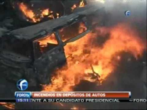 31 de enero de 2011 / Incendio consume 35 autos en Zumpango / Mexico