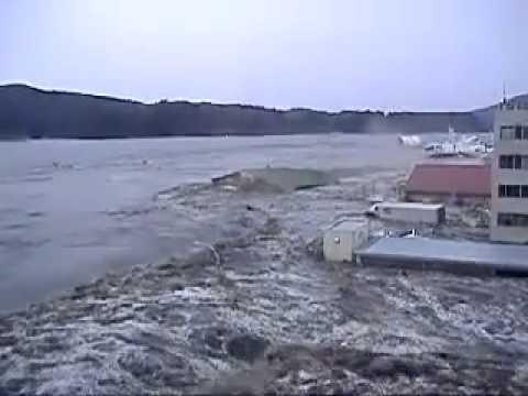 impactante tsunami japon