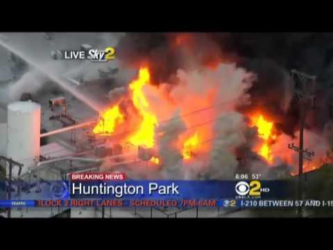 Breaking News! - Wild Fire In Huntington Park.-Noticias de última hora! - Fuego Salvaje En Huntington Park