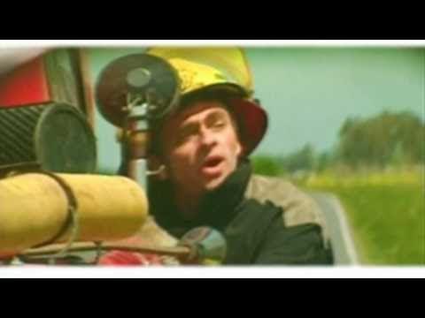 Los Autenticos Decadentes - Vivire por siempre (video oficial) HD