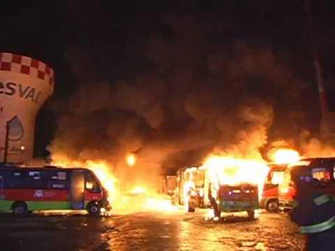 Incendio Garita de Buses / Valparaiso, Chile / Video Destacado de La Hermandad de Bomberos