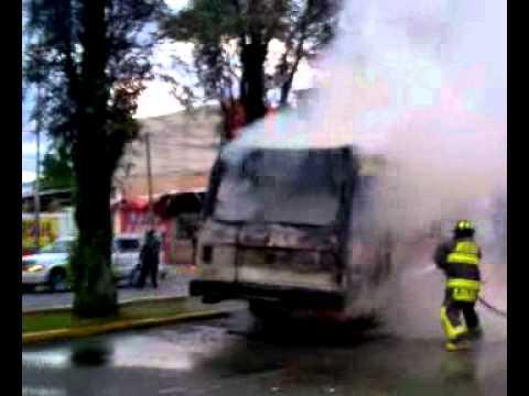 11 DE JULIO DE 2011 / INCENDIO DE MICRO EN XOCHIMILCO / MÉXICO
