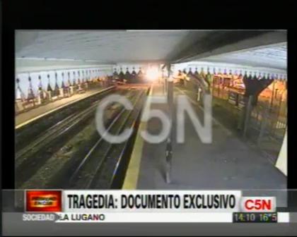 TRAGEDIA EN FLORES_ NUEVAS IMAGENES DEL ACCIDENTE / Argentina