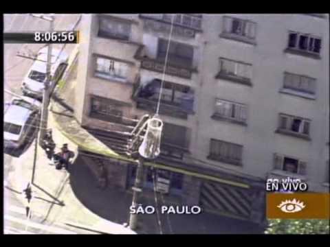 22.12.2011 / Brasil: Gigantesco incendio en Sao Paulo
