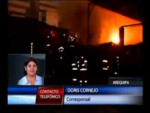 25.12.2011 / Arequipa: bombarda produjo incendio en set de un canal de TV / PERÚ