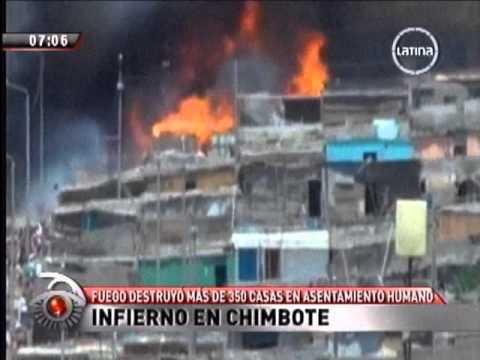 09.01.2012/Gran incendio en Chimbote destruye decenas de viviendas / PERÚ