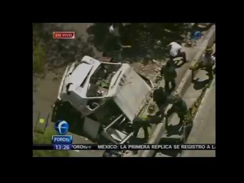 20 Marzo 2012 / Cae puente sobre microbús por Temblor / Sismo de 7.8 grados DF México