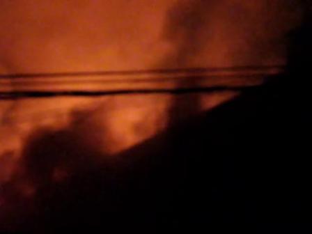 Importante incendio en una metalúrgica de Avellaneda y Cerrito / Rosario, Santa Fe en Argentina