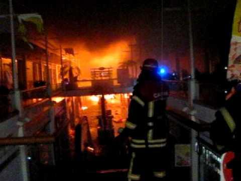 Observación Interior del Incendio: Incendio Ripley Mall plaza El Trebol / Chile / Vídeo Destacado de La Hermandad de Bomberos