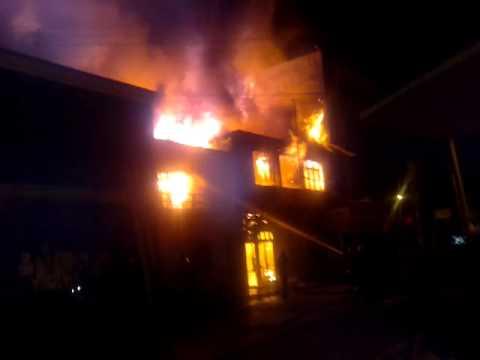 30 de Marzo de 2012 / Incendio de Vivienda en Iquique, Chile / Vídeo Destacado de La Hermandad de Bomberos