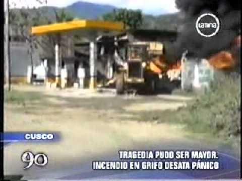14.07.2011 / Incendio en grifo causa pánico en Cusco / PERÚ / Video Destacado de La Hermandad de Bomberos