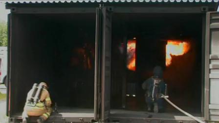 Nuevo Simulador de Flashover / Curso de Comportamiento Extremo del Fuego en MSB Revinge de Suecia