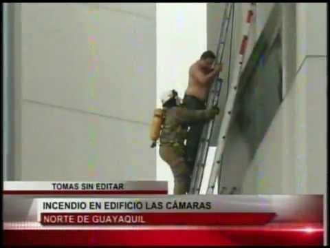 02 de Julio de 2012 / Incendio de Edificio, dos fallecidos y multiples rescates / Guyaquil en Ecuador / Vídeo Destacado de La Hermandad de Bomberos