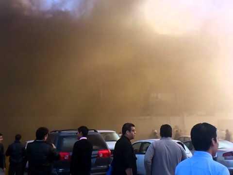 Incendio en Bodega Muebleria Famsa en Monterrey / México
