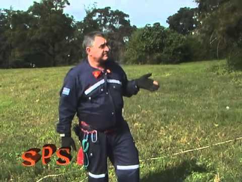 uso de sogas en rescates / Bomberos Voluntarios de Lules / Tucuman en Argentina