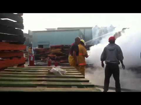08 de Junio de 2012 / Incendio en  Fabrica de Plasticos / Ixtlahuaca, México
