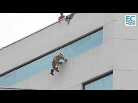 02 de Julio de 2012 / Incendio de Edificio, dos fallecidos y múltiples rescates / Guyaquil en Ecuador / Vídeo Destacado de La Hermandad de Bomberos
