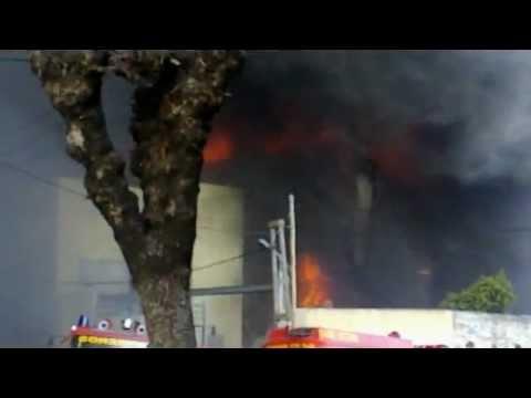 """Incendio de Frigorifico """"Vison"""" / Malvinas Argentinas en Los Polvorines, Buenos Aires en Argentina…"""