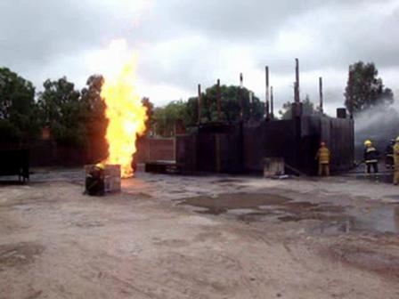 Simulador de Fuga de GLP / Ataque, acercamiento y cierre de válvula / México
