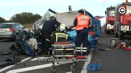 02 de Agosto de 2012 / Rescate Vehicular / Choque Frontal en carretera de es Cap Blanc (MA-6014) /  Mallorca, España
